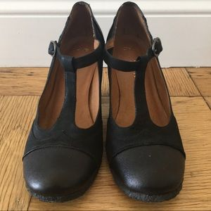 One of 2 Rubber soled comfort Mary Jane Heels